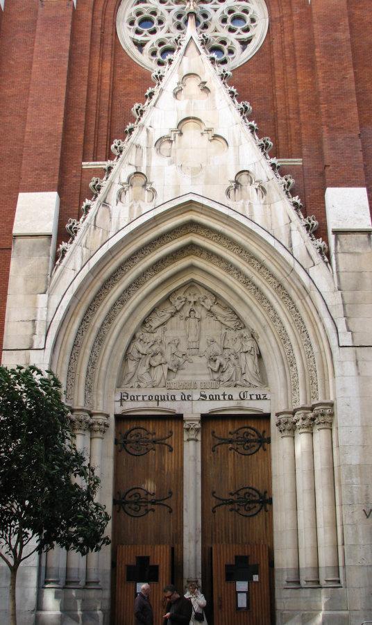 Door of Santa Cruz church